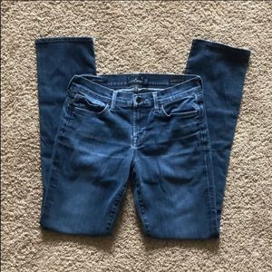 Lucky Brand Sweet Strait Jeans. 28R